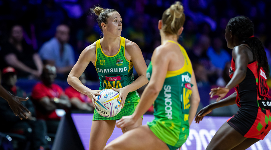 Paige Hadley looks for an open teammate in her match against Malawi at the 2019 Netball World Cup in Liverpool